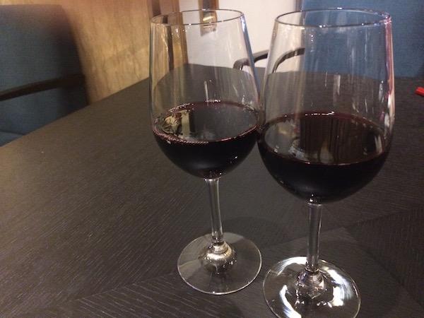 ビール→白ワイン→赤ワインの図