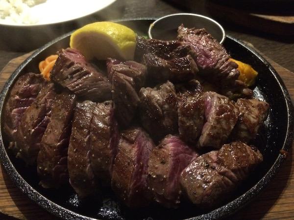 お肉は300グラムです!!