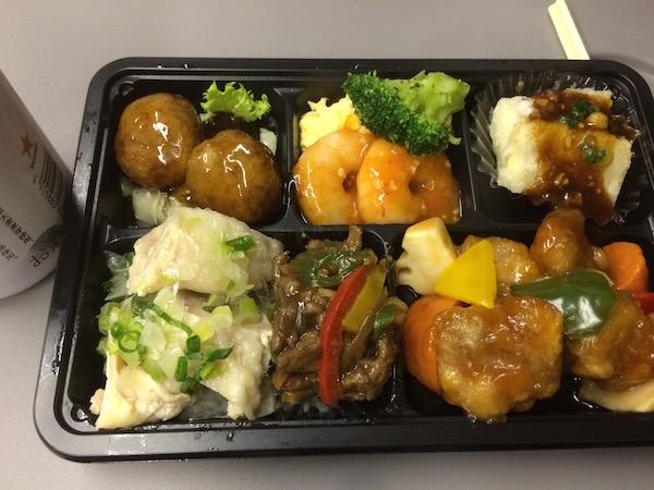 中華惣菜が冷たかったのが難点