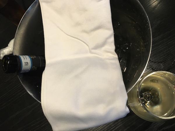 ワインはハーフにしました