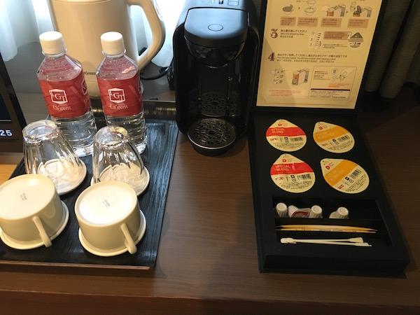コーヒーとお水がサービスってのはウレシイ
