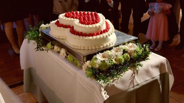 バブルの頃、ケーキは高さを競ったものだ