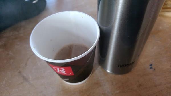 スキー場では甘いコーヒーがウマイ