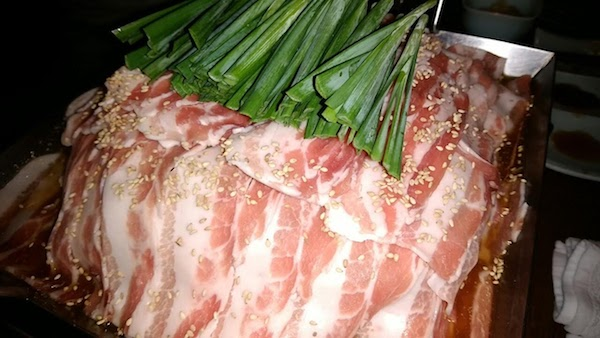 メーンは豚肉のチリトリ鍋にしました