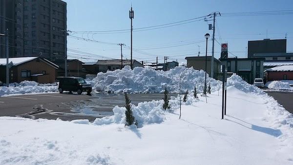 雪山崩し作戦